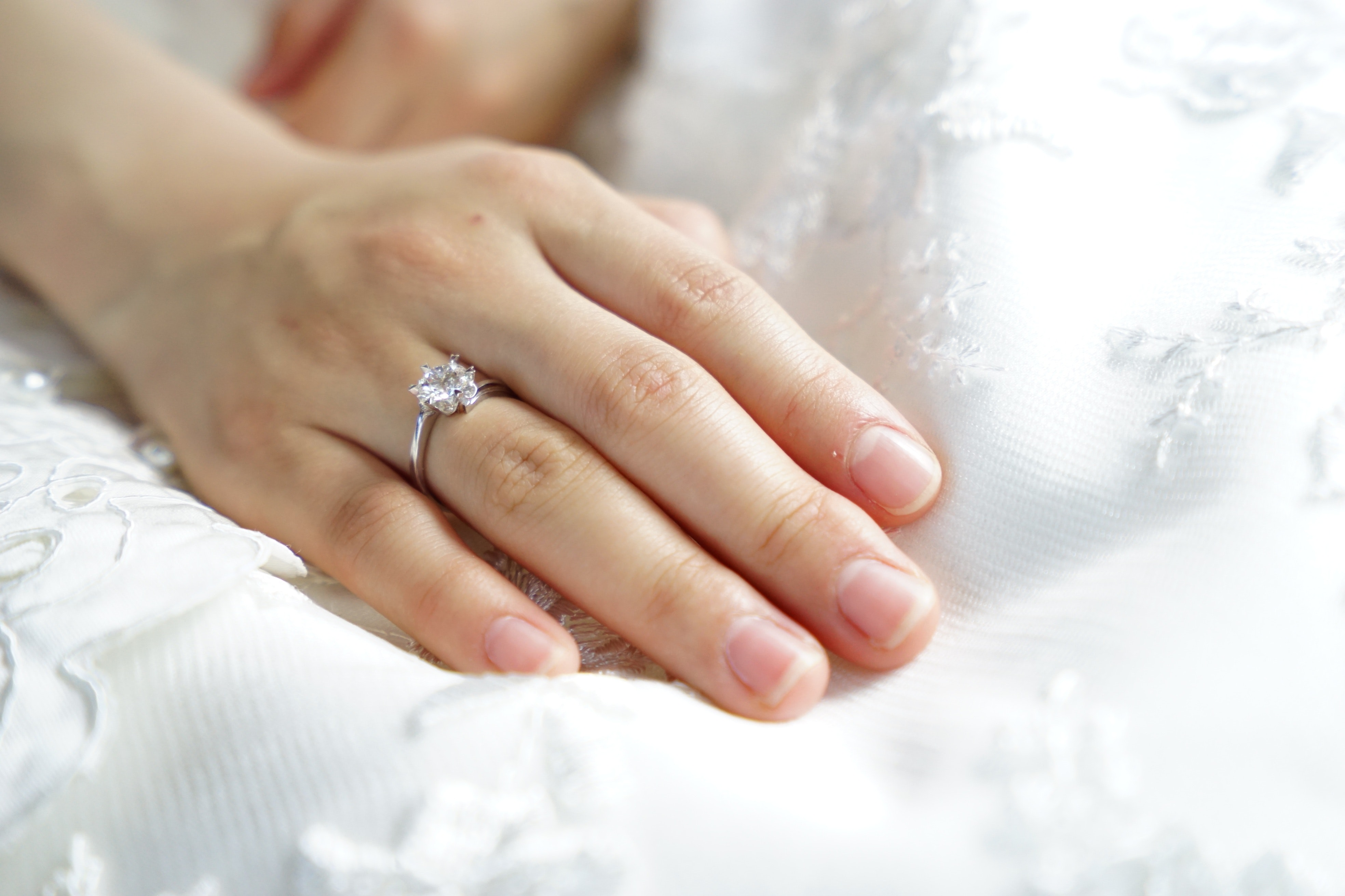 bride-clean-finger-265804 (1)
